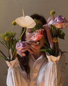 69 Best Ideas For Flowers Photography Ideas Art Roses Creative Photography, Portrait Photography, Fashion Photography, Photography Ideas, Photography Flowers, Fitness Photography, Photography Backdrops, Indoor Photography, Dream Photography