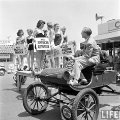 vintage everyday: Muller Bros Car Wash, 1951