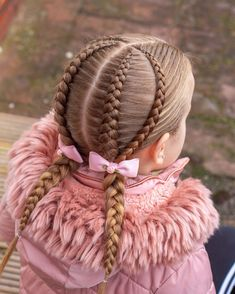 Winter Hairstyles, Pretty Hairstyles, Girl Hairstyles, Braided Hairstyles, Fall Hair Highlights, Belle Hairstyle, Hair Braider, Braided Updo, Hair Hacks