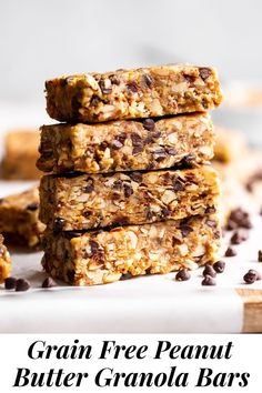 These no bake, chewy peanut butter granola bars are a breeze to make and so addicting! They're gluten free and grain free, with both vegan and paleo options. Perfect for quick snacks, these homemade granola bars are perfect right out of the fridge or freezer. #peanutbutter #grainfree #paleo #glutenfree #granolabars #vegan Granola Bars Peanut Butter, Homemade Granola Bars, Vegan Peanut Butter, Gluten Free Recipes For Lunch, Lunch Box Recipes, Real Food Recipes, Paleo Recipes, Lunch Ideas, Quick Snacks