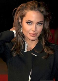Angelina Jolie, Makeup, Outfits, Poem, Make Up, Suits, Beauty Makeup, Kleding, Bronzer Makeup