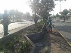 Localidad Engativá  Así trabaja Aguas de Bogotá.  Aguas de Bogotá SA ESP la empresa del posconflicto, adelanta en este momento operativos de limpieza por los sectores comprendidos entre la avenida 68 calle 80 y avenida Boyacá. Sidewalk, Cleaning, Street, Water, Activities, Sidewalks, Pavement, Walkways