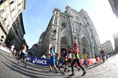 Asics e Firenze Marathon: si rafforza la sinergia Outdoor Activities, Weekend Activities, Asics, Florence, Street View, Running, Places, Italy Travel, Invites