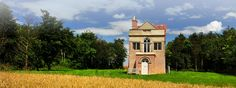 Holiday at The Warren House in Kimbolton, Cambridgeshire Warren House, Mansions, House Styles, Building, Travel, Holidays, Home Decor, Cottage House, Apartments