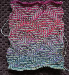 mosaic knitting with a mix of garter stitch and stockinette stitch. Mosaic Knitting, Knitting Stiches, Knitting Needles, Knitting Yarn, Knit Stitches, Knitting Designs, Knitting Projects, Stitch Patterns, Knitting Patterns