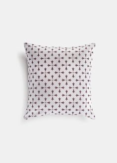 "A delicate filigree pattern inspired by white domes and windmills dotting the island of Rhodes, Greece, this pillow is sure to brighten up any room.       	Machine washable   	Discreet zipper closure   	Suitable for outdoor use  	Material: 100% Turkish Cotton  	Dimension: 16""x16"""