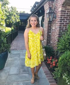 Yellow Spring Dress #MyShopStyle #ShopStyle #yellowdress #springlook #runwayteacher