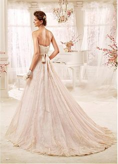 Glamorous Tulle Sweetheart Neckline A-line Wedding Dresses With Beaded Lace…