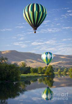 Sunrise Launch - Yakima River, Prosser, Washington (By Linda Lantzy)