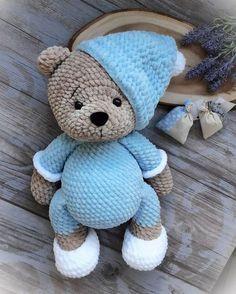 Free description for crochet amigurumi knitting. Crochet Dragon Pattern, Crochet Animal Patterns, Crochet Doll Pattern, Stuffed Animal Patterns, Crochet Patterns Amigurumi, Crochet Dolls, Crochet Teddy Bear Pattern Free, Crochet Animals, Crochet Bear