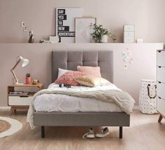 Teen Girl Bedrooms cozy reference - Most exciting bedroom decor examples. Sectioned under dream teen girl room wall art , nicely imagined on this perfect date 20190705 Teenage Girl Bedroom Designs, Bedroom Decor For Teen Girls, Teenage Girl Bedrooms, Trendy Bedroom, Bedroom Sets, Home Bedroom, Bedroom Themes, Bedroom Chair, Girl Rooms