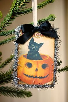 Hilary's awesome Halloween ornaments