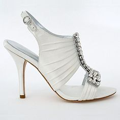 Find an exquisite selection of designer wedding shoes designed by Bourne of London. Bourne bridal shoes offer unique styling with sophisticated flair. Find your style at Perfect Details