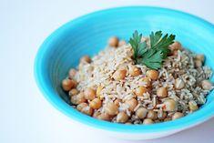 Ρεβύθια με Καστανό Ρύζι Grains, Rice, Cooking, Recipes, Food, Kitchen, Cuisine, Koken, Rezepte