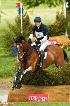 William Fox-Pitt. He's the best, I wish I could ride like that!!