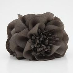 Hair accessory store selling quality,trendy,and necessary items #veryShine,#hairclaw,#hairclip
