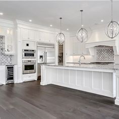 Beautiful Small Kitchen Remodel Inspiration Ventilation aspect in kitchen design. Most of us sometimes ignore ventilation as part of the qualities of a good kitchen design. Home Decor Kitchen, New Kitchen, Home Kitchens, Kitchen Ideas, All White Kitchen, Country Kitchen, Kitchen Interior, Kitchen Layouts, Long Kitchen