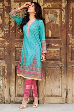 Husn-e-Banaras Midsummer Lawn Collection for Eid by Kayseria http://clothingpk.blogspot.com/2015/08/husn-e-banaras-midsummer-lawn-collection-by-kayseria.html