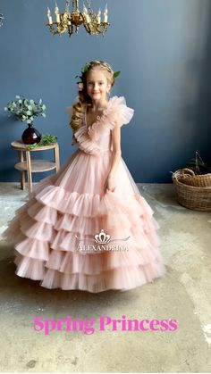 Princess Frocks, Baby Princess Dress, Baby Girl Birthday Dress, Birthday Dresses, Wedding Dresses For Girls, Dresses Kids Girl, Cute Dresses, Flower Girl Tutu, Flower Girl Dresses