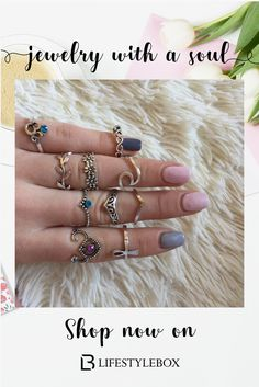 Fashion accessories, like for example ring sets, earrings, gold necklaces and the wrist bands] that people enjoy. Check out the hyperlink to shop. Bohemian Accessories, Jewelry Accessories, Fashion Accessories, Fashion Jewelry, Summer Accessories, Dainty Jewelry, Unique Jewelry, Jewelry Box, Jewellery