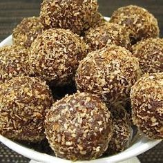 Raw Vegan Chocolate Fruit Balls as recommended by Elke D.