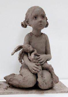 """Jurga sculpteur """"C'est mon lapin !"""" Glaise"""