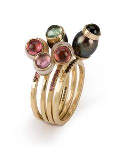 Queen Bee by Stelios Karadonas! #rings #gold #jewel #jewellerydesign #design #art #womanslook #fashion #style #jewelrymaking