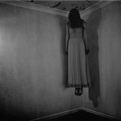 wellcome to my creepy-horror space Photo Halloween, Creepy Halloween, Holidays Halloween, Halloween Party, Halloween Decorations, Asylum Halloween, Spooky Scary, Halloween House, Halloween Stuff