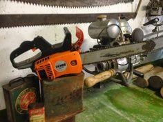 Motosierra DERBI 3835 de 1982 - Vintage/Old Derbi 3835 Chainsaw Logging Equipment, Chainsaw, Motor, Outdoor Power Equipment, Weird, Tools, Instruments, Garden Tools