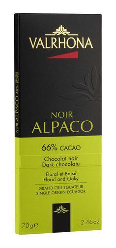 ALPACO 66% Floral et Boisé Grand Cru dont les délicats arômes floraux se fondent dans des notes très chocolatées. Pur Équateur http://en.valrhona.com/produits-griffes/nos-chocolats.aspx?idArticle=1275&idGamme=169&nom=ALPACO+66%25&idGammeParent=168