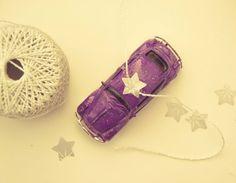 Auto-Christbaumschmuck - purplebunny.at Christen, Dog Tags, Dog Tag Necklace, Jewelry, Autos, Christmas Tree Decorations, Jewlery, Jewels, Jewerly