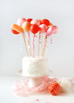 Craft tutorial: DIY tassel balloon cake topper - We Are Scout Cakes To Make, How To Make Cake, Bolo Cake, Diy Wedding Cake, Wedding Ideas, Balloon Cake, Balloon Tassel, Easy Cake Decorating, Decorating Ideas