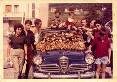 Abbondante raccolta di funghi - Ponte di Legno 1962
