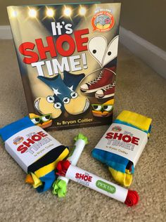 AD Make our DIY Shoe Lace Cards in 5 minutes | INSPIRED BY new #ReadMo book, It's Shoe Time by Bryan Collier #MoMail