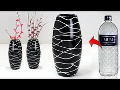 beautiful DIY flower vase ideas to beautify your Gorgeous DIY Flower Vase Ideas You Can Easily Do Balcony garden webHow to make a paper flower vase cover (very easy with template)DIY paper flower Plastic Bottle Decoration, Reuse Plastic Bottles, Plastic Bottle Flowers, Plastic Bottle Crafts, Diy Bottle, Bottle Vase, Glass Vase, Flower Vase Making, Flower Vases