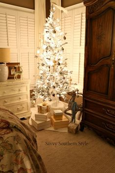 7dfcf259cc2aa A Petite Flocked Tree in the Christmas Master
