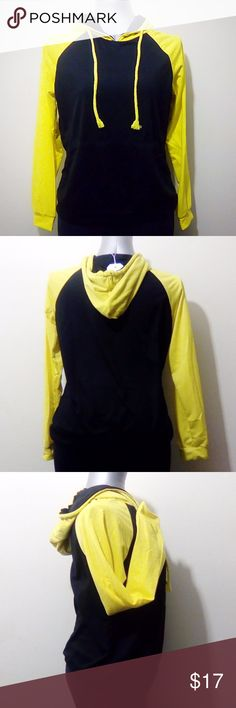 "BBX Lephsnt Hoodie Yellow & Black / 40% Cotton, 60% Spandex / 23"" from back neckline to hem / Sizing listed as XL - looks more like a medium. BBX Lephsnt Tops Sweatshirts & Hoodies"