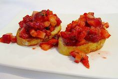 Fresh Strawberry Bruschetta, an easy and fast recipe