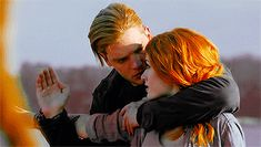 Clary Et Jace, Clary Fray, Shadowhunters Tv Series, Shadowhunters The Mortal Instruments, Isabelle Lightwood, Jace Wayland, Freeform Tv Shows, Hunger Games Humor, Dominic Sherwood