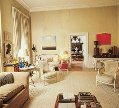 It looks like a big room! Living Room Images, Living Room Designs, Living Rooms, Blue Sofa Design, Famous Interior Designers, English Decor, Mid Century Living Room, Retro Renovation, Classic Interior