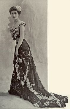 1901 May, Les Modes Paris - Dinner dress by Rouff