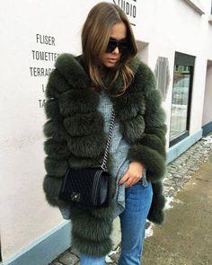 Puffer Style Smoke Gray Faux Fur #fauxfur #fallfashion #falloutfit #womanoutfit