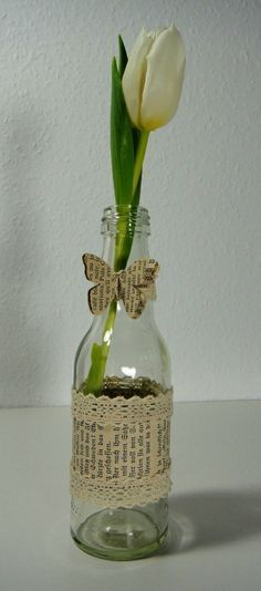 Flaschen- und Gläser-Recycling bottle crafts for birthday Wine Bottle Crafts, Mason Jar Crafts, Bottle Art, Upcycled Home Decor, Upcycled Crafts, Diy And Crafts, Arte Shabby Chic, Decoupage Glass, Christmas Wine Bottles