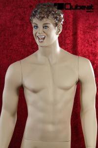 #Schaufensterpuppe #Mannequin #Gesicht #hautfarbe #stehend #männlich #lachend