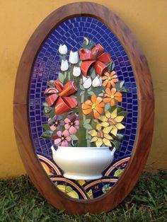 Mosaico com louça, mosaic Picassiette, by Schandra Zmijeski