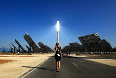 """""""The new Gemasolar solar power plant the day of its inauguration in Fuentes de Andalucia, Spain on October 4, 2011. (Marcelo del Pozo/Reuters)"""" Via: http://www.boston.com/bigpicture/2012/04/earth_day_2012.html"""
