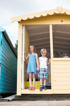 WIN:  Our BIGGEST CHRISTMAS EVE Giveaway Yet – 6 Days Beach Hut Hire worth £240