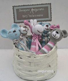 Sonajeros amigurumi: little babytoys Crochet Kids Scarf, Crochet Baby Toys, Crochet Amigurumi Free Patterns, Crochet Gifts, Crochet For Kids, Crochet Animals, Crochet Dolls, Crochet Unicorn Hat, Baby Rattle