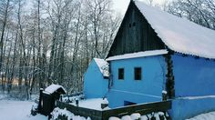 "Muzeul Civilizației Populare Tradiţionale ""Astra"" Cabin, House Styles, Home Decor, Decoration Home, Room Decor, Cabins, Cottage, Home Interior Design, Wooden Houses"