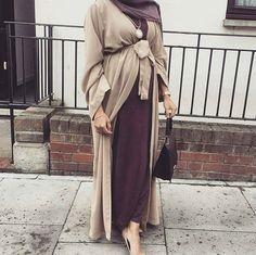 « #hijabstreetstylee #hijab #hijabers #hijabfashion #hijabstyle #hijabi #covered #hijabbeauty #fashion #style #outfit #follow #love »